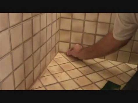 "Applying grout: Blending in an inside corner grout ""patch"