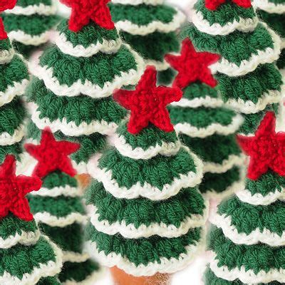 mini christmas tree  crochet pattern christmas