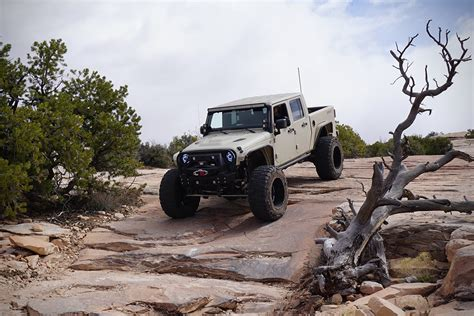 lifted jeep bandit jeep wrangler bandit by starwood motors 4h10