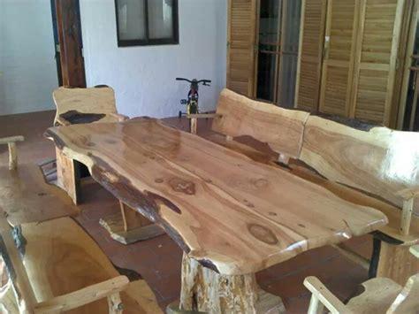 mesas rusticas estilo tronco en cipres  en