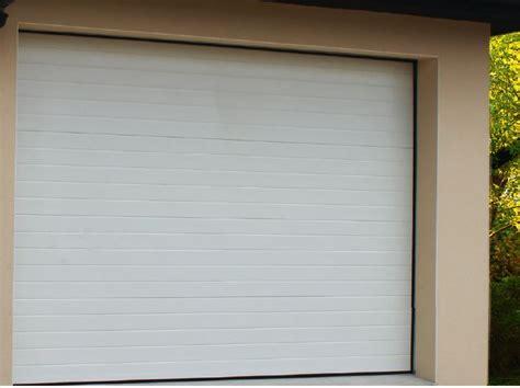 porte de garage acier sectionnelles pre montee blanche