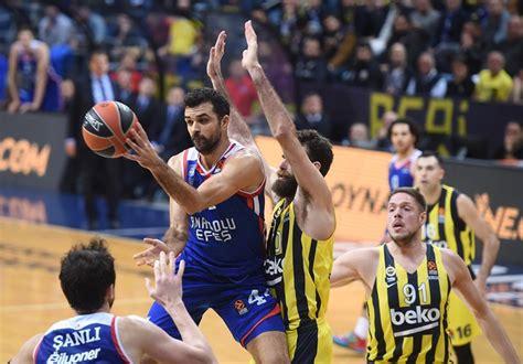 Murat biricik, zafer yılmaz, mehmet serdar ünal. Anadolu Efes beat Fenerbahçe 81-73 in Istanbul derby ...