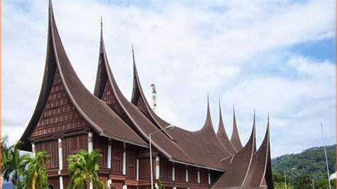 rumah gadang  sumatera barat menginspirasi bangunan