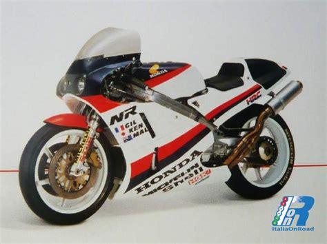 La Storia Della Honda Nr 500, La Moto Con I Pistoni Ovali