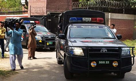 Police Cars In Pakistan (specially The Miserable Dala