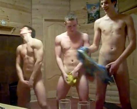 Pissing Sauna Porn Pic