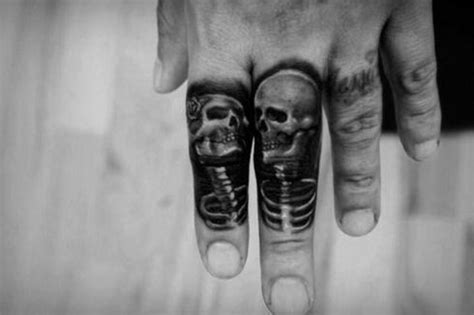 finger tattoos  men manly design ideas tatuajes