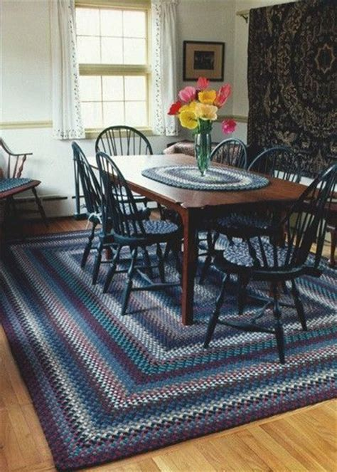 hand  dining room braided rug  country braid house
