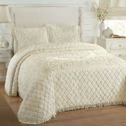 Trellis Pattern Bedding