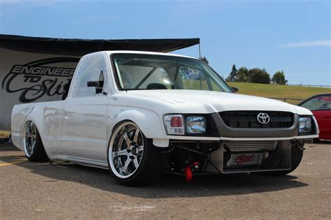 stanced toyota stanced toyota hilux is made for drifting autoevolution