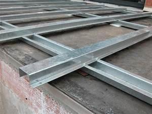 Lambourde Pour Terrasse Bois : lambourde m tallique rev tements modernes du toit ~ Premium-room.com Idées de Décoration