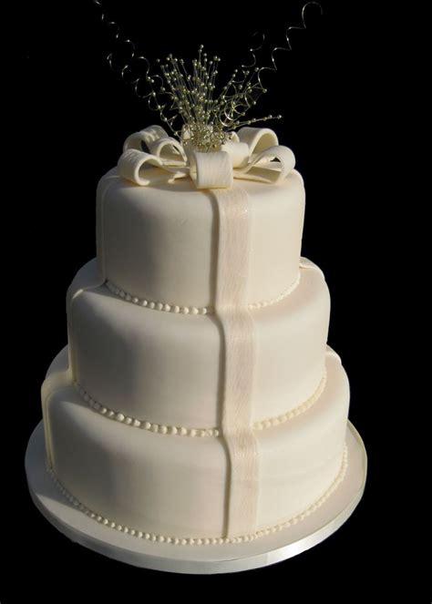 Simple 3 Tier White Wedding Cake Wedding Cakes Pinterest