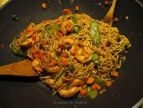 la cuisine de tantine nouilles sautées aux crevettes cuisine de tantine