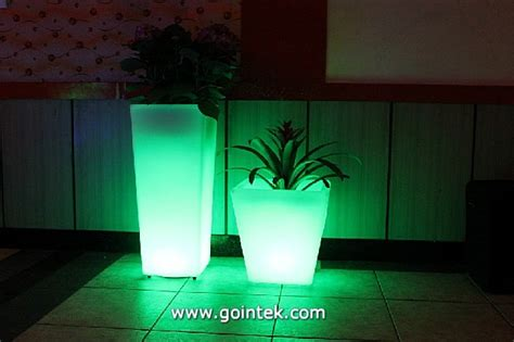 solar light with flower pot