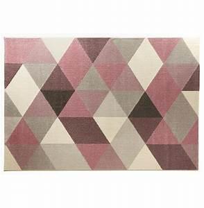 Tapis design grafik grand tapis de salon aux tons roses for Tapis d entrée avec canapé largeur 160 cm
