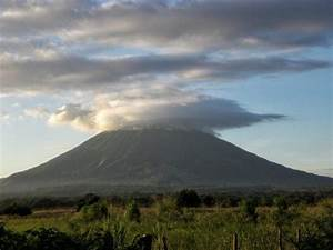 What To Expect When Volcano Boarding On Cerro Negro  Nicaragua