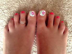 Cute summer pedicure | Things iv done | Pinterest ...