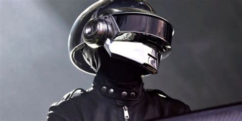 VIDÉOS. Écoutez le remix de Daft Punk pour le défilé ...