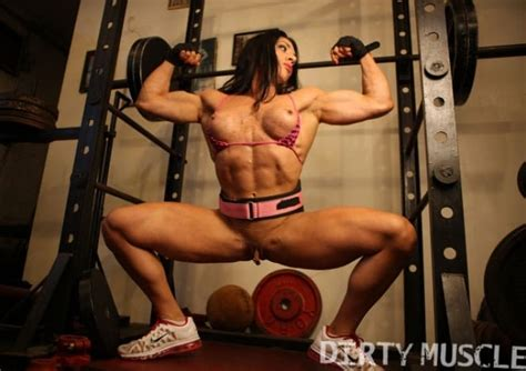 ripped vixen – Posing And Pussy Female Muscle Big Clits