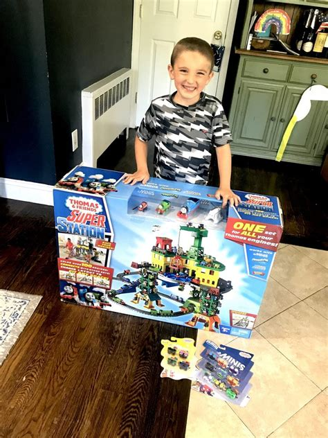 thomas  friends super station toy review