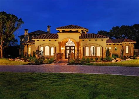 Tuscan Style Through Out Your House