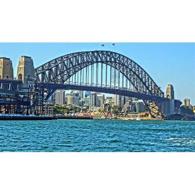 The beautiful Sydney Harbour BridgeLivonne
