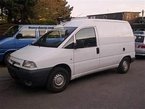 Dimension Garage  Peugeot Expert 2001