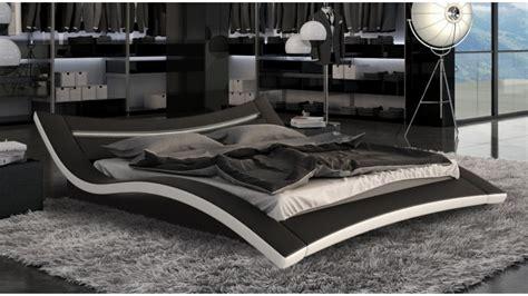 sous de bureau en cuir lit moderne noir et blanc en simili avec leds 160x200 cm