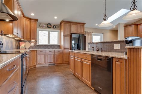 Reico Cabinets Salisbury Md by Traditional Kitchen Desigin Sykesville Md Traditional