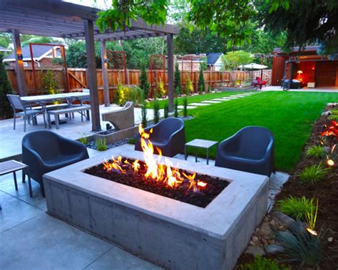 Modern Back Yard Landscape Ideas