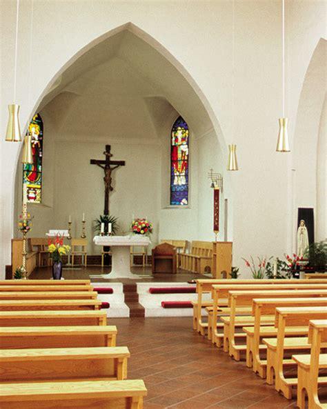 katholische kirche  barth bild innen altar