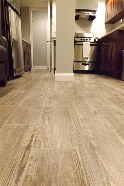 vinyl plank flooring look vinyl flooring that looks like wood press lock vinyl plank flooring images phantasy kitchen