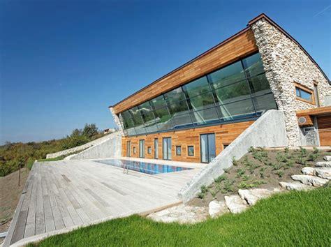 Passive House : Equinox Passive House / Ignatov Architects