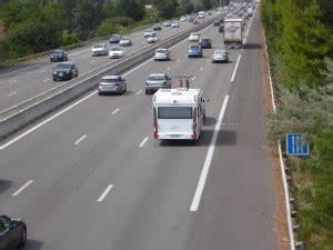 Vitesse Sur Autoroute : quelle vitesse limite pour tracter une caravane le monde du plein air ~ Medecine-chirurgie-esthetiques.com Avis de Voitures