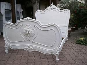 Magnifique Cadre De Lit Ancien De Style Louis XV Rocaille