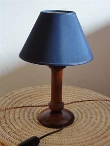 Petite Lampe De Chevet : faire une lampe de chevet free lampe de chevet vintage wonderful lampe de chevet jaune lampes ~ Teatrodelosmanantiales.com Idées de Décoration