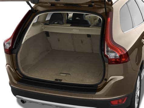 image  volvo xc awd  door  wmoonroof trunk size    type gif posted