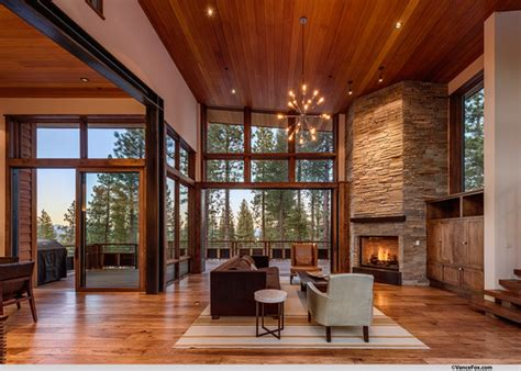 Mountain Modern Lodge