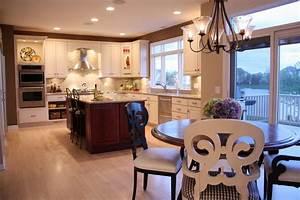 Algonquin Kitchen - Traditional - Kitchen - chicago - by