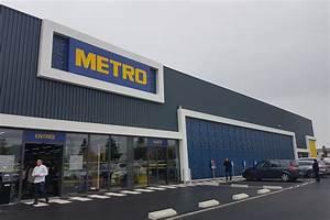 Un nouveau concept d'entrepôt Metro plus...