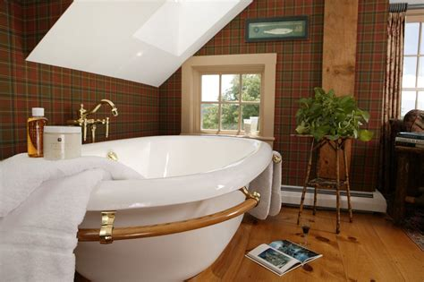 the best hotel bathroom amenities for fall in new