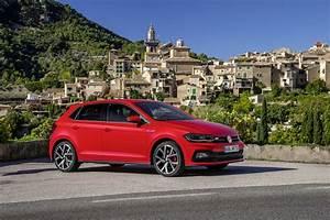 Polo Volkswagen 2018 : 2018 volkswagen polo gti sporty looks in new photo gallery ~ Jslefanu.com Haus und Dekorationen