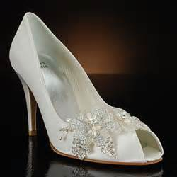 bridesmaids shoes bridal style white wedding shoes