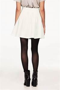 Veckad kjol kort