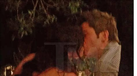'Bachelor' Winner Courtney Robertson -- MAKES OUT with ...