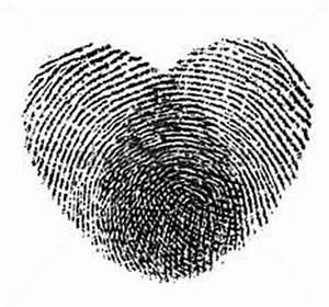 Finger Tattoo Herz : fingerabdr cke herz google suche x pinterest finger print fingerprint tattoos and ~ Frokenaadalensverden.com Haus und Dekorationen