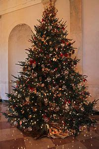 1000 images about white house trees on pinterest white house christmas tree white houses and