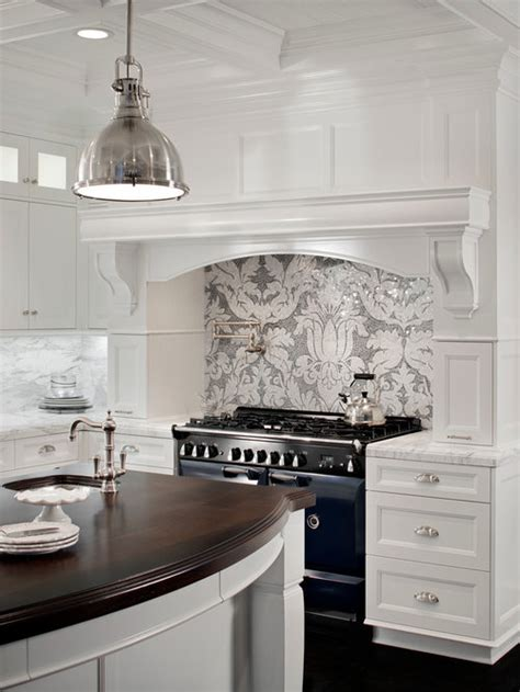 gray  white backsplash houzz