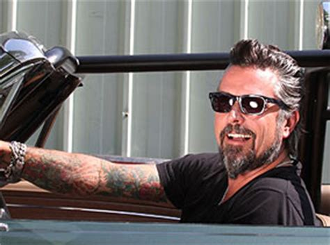 what channel does gas monkey garage come on directv gas monkey garage fast n loud carshowz