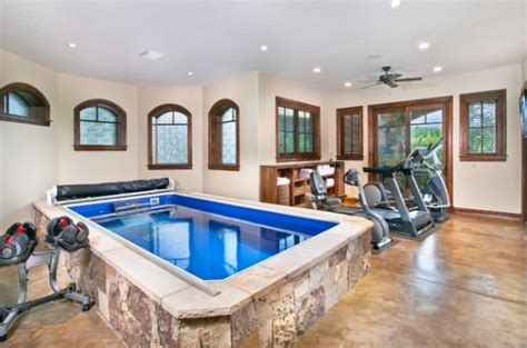 + Home Gym Ideas And Gym Rooms To Empower Your Workouts